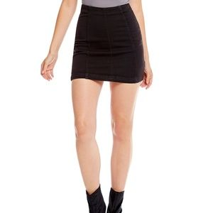 Expressions Girl's Black Skirt Size 10/12